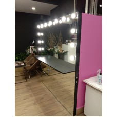Изображение Зеркало визажиста с лампочками и полкой  2000 х 1800 мм. 02.21.21