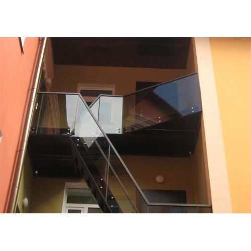 Изображение Перила из стекла 05.06.3 - изображение 2