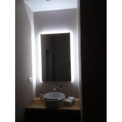 Изображение Образец зеркала с нейтральной подсветкой 02.7.53 - изображение 2